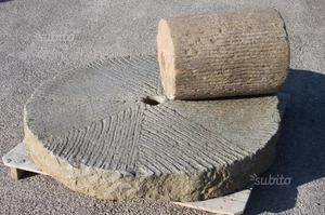 Grande macina in pietra