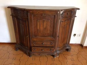 Mobile in legno massello antico
