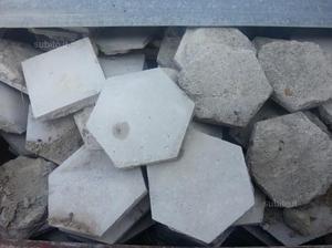 Piastrelle antiche di graniglia cementine posot class for Piastrelle graniglia