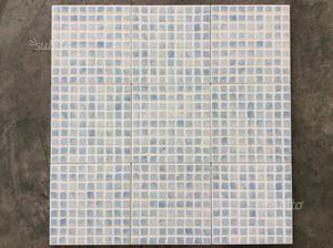 Mosaico in pasta di vetro azzurro posot class - Piastrelle bagno effetto mosaico ...