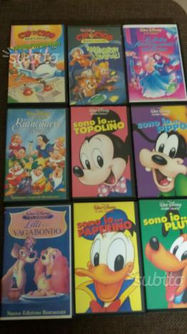 Ventuno video cassette tutte originali