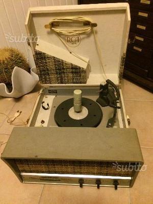 Giradischi stereo RCA a valvole