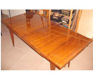Tavolo in legno anni 60 con vetro di protezione