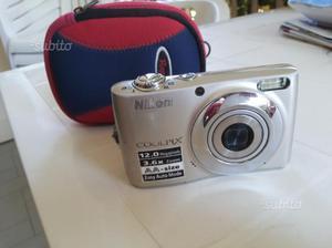 Tris macchine fotografiche