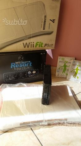 Wii Sports Resort + Wii Fit Plus