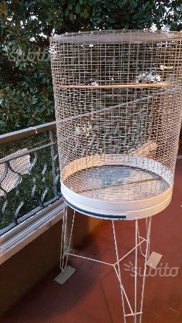 Gabbia per uccelli.canarini,pappagalli