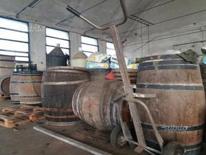 Rssbobine avvolgicavo legno usate diametro 1 posot class for Botti usate per arredamento