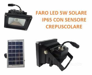 Faretto led fotovoltaico
