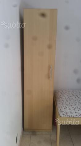 armadio dell ottocento ad un anta con posot class