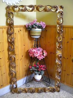 Grande cornice in legno a foglia d'oro 147x67