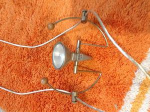 Lampadari con faretti posot class for Lampadari con filo lungo