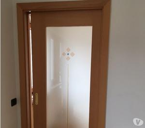 Doppia porta scrigno vetro e legno massello posot class - Porte scorrevoli vetro e legno ...
