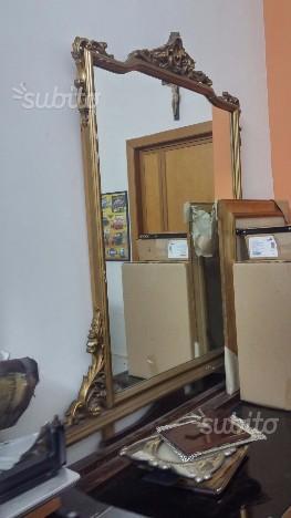 Specchio antico decorato posot class - Specchio dorato antico ...