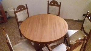 Tavolo apribile con 6 sedie in legno