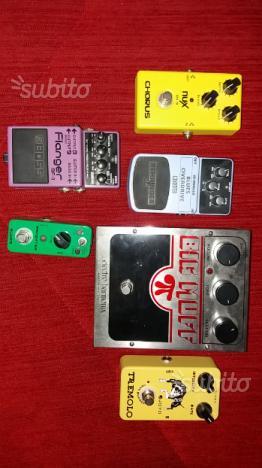 6 pedali per chitarra elettrica