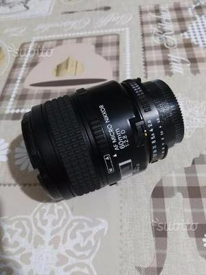 Obiettivo Nikon AF Micro Nikkor 60mm 1:2.8D