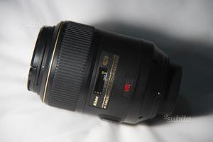 Obiettivo Nikon AF-S 105mm f/2.8 VR Micro