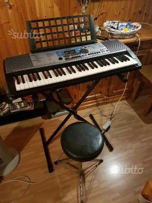 Tastiera YAMAHA psr-225gm con supporto e sgabello