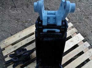 Pacchetto di benne in attacco rapido retromatic m2 posot - Lavori in giardino ...