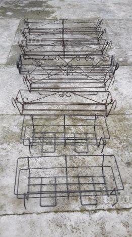 Porta fioriera da balcone in ferro battuto posot class for Fioriere in ferro