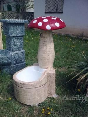 Vendo fontane e oggetti da giardino posot class for Oggetti da giardino