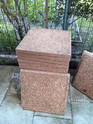 Piastrelle usate da giardino vialetto o posot class - Rimuovere cemento da piastrelle ...