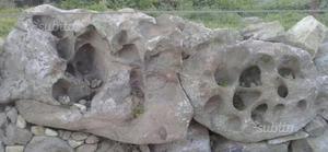 Vendo pietre di tufo per giardino posot class - Pietre da giardino ornamentali ...