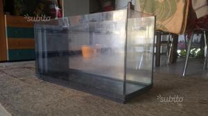 Acquario 100 litri vetro curvo mobile posot class for Acquario 100 litri prezzo