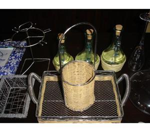 Barre porta oggetti in acciaio per cucina milano posot class for Oggetti decorativi per cucina