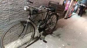 Atala bici con motore a scoppio
