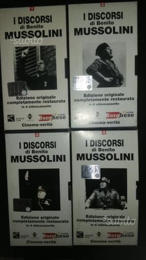 """4 VHS """"I discorsi di Benito Mussolini"""""""