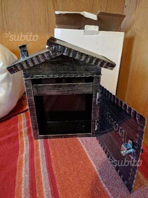 Cassetta posta con scatola nuova
