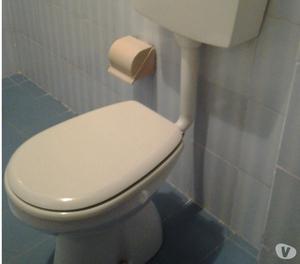 Lavandino da bagno smaltato bianco colonna e rubinetteria