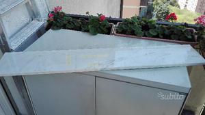 Mensole di marmo bianco di carrara