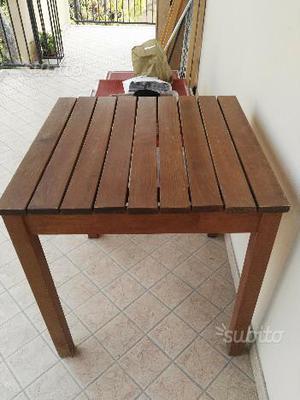 Tavolino da esterno in legno 80x80