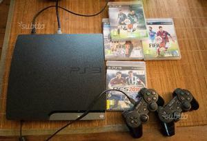 Playstation 3 Slim + 4 giochi + 2 joystick