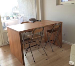 Sgabelli e tavolo penisola in legno ikea posot class for Sgabelli in legno ikea