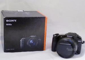 SONY RX10 MARK II (usata)