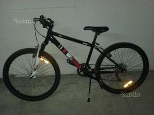 """Mountain Bike 20"""" Rockrider 5.0"""