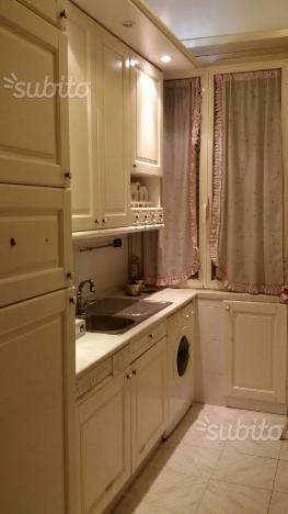 Cucina componibile in larice grigio casado posot class - Montaggio cucina componibile ...