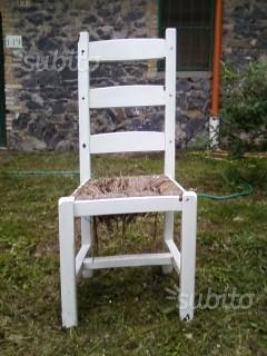 Set di 30 sedie in legno massello