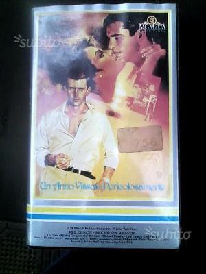 VHS Videocassetta Un anno vissuto pericolosamente