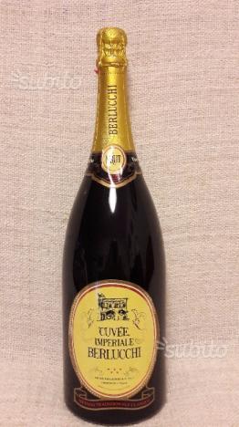 Bottiglia spumante berlucchi 1,5 litri. cuv
