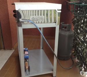 barbecue a gas in acciaio inox
