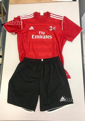 Completo AC MILAN