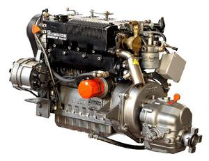 Entrobordo diesel hp senza comune nascosto posot class for Gozzo motore entrobordo