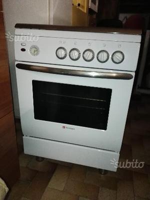 Cucina a gas tecnogas nuova