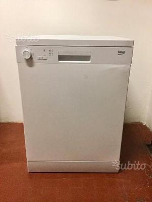 Vendo lavastoviglie beko torino posot class for Lavastoviglie libera installazione 45 cm