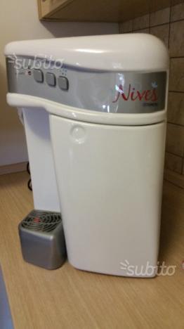 Si cede depuratore d'acqua con filtri nuovi