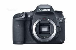 Canon 7d doppio obiettivo flash cavalletto e borsa